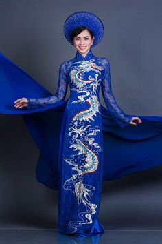 (traditional Viet-Nam Bridal Wedding Dress and Headwear