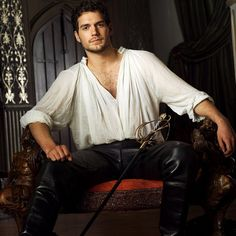 Henry Cavil in The Tudors