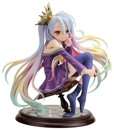 You may think that a basic rule of chess is to not sit on the board, but this fully-painted figure features game genius Shiro from No Game No Life doing just that! As with every game, she's a chess expert, so it must be a secret technique that's sure to get a checkmate. The figure beautifully reproduces the feel of the character and the magical world she has entered, as she sits on the teetering b...