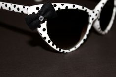 Pin-up Style Cat Eye Sunglasses- White With Black Polka Dots- 1950's Inspired-Rockabilly-Super-Cateye-Fabric hair bow- Women-Teens-Girls