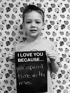 Mothers/Fathers Day Photo Booth Idea