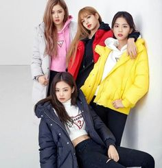 "Blackpink For Guess X Lotte Korea ""Wherever Guess"" 2018 Kpop Girl Groups, Korean Girl Groups, Kpop Girls, Forever Young, Black Pink Lalisa Manoban, Lady Gaga, Jenny Kim, Mode Kpop, Black"