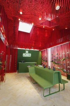 Munich shoe store :: Dear Design