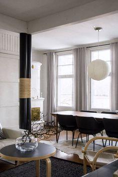 Modern Home Interior Design, Mid Century House, Living Room Interior, Table And Chairs, Minimalism, Villa, Contemporary, Design Ideas, Interiors