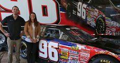 Racegirl Kenzie Ruston... ThreeWide.de   Der NASCAR-Stammtisch