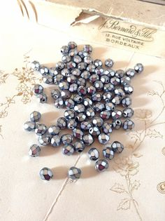 Items similar to Czech Fire Polished Faceted Glass Bead Crystals - Silver Metallic Grey - Jewellery Art & Sewing Supplies on Etsy Crystal Beads, Glass Beads, Crystals, Jewelry Art, Jewellery, Faceted Glass, Diamond Earrings, Metallic, Polish