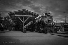 1904 Southern Railway steam locomotive #630 pulls into East Chattanooga station at the Tennessee Valley Railroad Museum. #trains #tvrm #chattanooga #tennessee