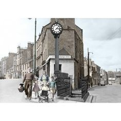 Old Dundee - Hilltown Clock, so millworker's could get to work on time. Glasgow, Edinburgh, Dundee, Old Photos, Gifts For Him, Big Ben, Scotland, Clock, Explore