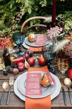 inspirational autumn photo shoot – featured on ruffled blog… wedding tablescape Photo Emma Barrow.  Flowers:  Holly Bee Flowers.   Styling:  Knots & Kisses.  Read more...
