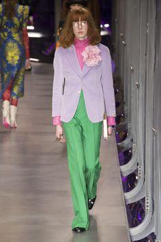 #DéfiléGucci #fashion #Koshchenets       Défilé Gucci prêt-à-porter femme automne-hiver 2017-2018 37