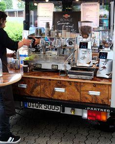 Fischmarkt Tanzbrunnen Köln | Cologne | Germany | Europe | fish market | travel the world | coffee | was eigenes Blog