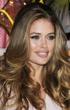 Doutzen Kroe's Hair Color Formula: Base area:  6TO (1oz)  4GD (1oz)  Mix with: 20 volume developer (2oz)  Using your ombre/balayage technique the lighter areas will be the following formula: 1 scoop of Blue Lightening Powder and mix with 10 volume developer (2 scoops) [Continued]