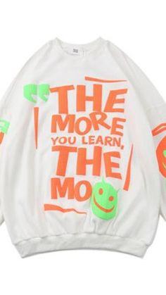 Sweater Refashion, Diy Clothes, Crew Neck Sweatshirt, Unisex, Learning, Sweatshirts, Sweaters, Diy Clothing, Studying
