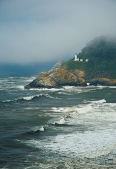 Heceta Head Lighthouse, Oregon The Pacific Northwest looks so beautiful and I would love to drive up the coast and when I do, this lighthouse is on the must see list! Oh The Places You'll Go, Places To Visit, Saint Mathieu, Oregon Coast, Oregon Usa, Central Oregon, Oregon Travel, Adventure Is Out There, Pacific Northwest