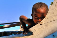 Curious sweet Malagasy child by Daniele Romeo Photographer, via Flickr