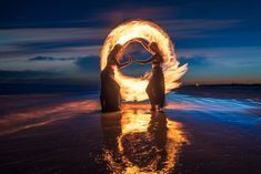 How a photographer created fantastic light painting with fire [VIDEO] — #Photography