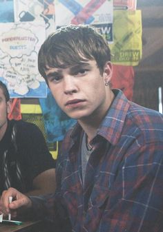 that face...that face is a nice face. Finn - My Mad Fat Diary http://raesdiary.tumblr.com/post/43641743378