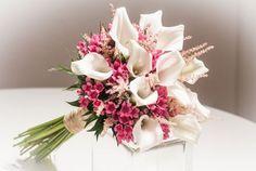 http://detodoparanovias.com/2015/09/como-hacer-un-bouquet-de-calas/