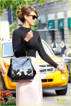 Jessica Alba: NYC Exit After Ralph Lauren Fashion Show