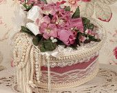 Victorian Rose Keepsake / Trinket / Hat  Box - Med Oval - Vintage Style - Hand Decorated
