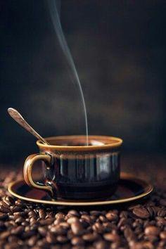coffee pictures Saiba quais so os benefcio - coffee Café Latte, Coffee Latte Art, Coffee Aroma, Coffee Cafe, Hot Coffee, Coffee Drinks, Ninja Coffee, Street Coffee, Coffee Music