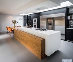 Villa Vught - Culimaat – High End Kitchens Crowded House, Home Interior Design, Contemporary Design, Countertops, Kitchen Island, Sweet Home, House Design, Bathroom, Villa