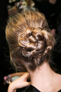 Time for Fashion » Beauty Inspiration: 5 Day Wedding Chignons