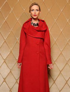 Beautiful alpaca coat Liliana Castellanos - Bolivian Designer