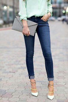 Jeans + tons pastel