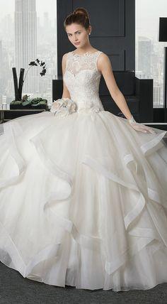 Ariel wedding dress, by Rosa Clara Rosa Clara Wedding Dresses, Wedding Dress Organza, 2015 Wedding Dresses, Bridal Dresses, Flower Dresses, Prom Dresses, Beautiful Wedding Gowns, Beautiful Dresses, Modelos Fashion