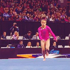 Katelyn Ohashi's Round Off Back Handspring Pike Full In. All About Gymnastics, Gymnastics Skills, Amazing Gymnastics, Gymnastics Videos, Artistic Gymnastics, Cheerleading, Katelyn Ohashi, Simone Biles, Cheer Dance