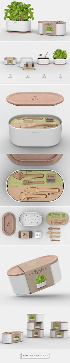 Popular URBAN OASIS urban gardening kits by Andrea Mangone. Pin curated by packaging design PD Cool Packaging, Brand Packaging, Packaging Design, Branding Design, Web Design, Design Art, Graphic Design, Green Label, Design Innovation