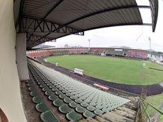 Estádio Gigante do Itiberê - Paranaguá (PR) - Capacidade: 9,1 mil - Clube: Rio Branco