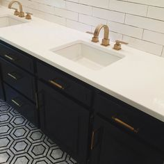 One more for the night that's some hot floor tile right there! #Repost @verandainterior  More fabulousness from the renovation I've been assisting on back home in MO...this littles bath just so SO good! Now we just need the mirrors to be delivered and installed and this room is completed. #subway #renovation #hexagon #mosaic #blackandwhite #marble #backsplash #bathroom #interiordesign #interiors #homedecor #architecture #houzz #beautiful #dreamdesign #design #designgoals #designinspiration…