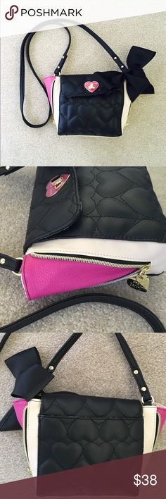 """💕MOVING MUST SELL-BETSEY JOHNSON pink quilted bag Like New black/pink/cream 6""""H  X 8""""W. 48"""" strap. 100%PVC. ZIPPERED sides with quilted hearts 💕 Betsey Johnson Bags Crossbody Bags"""