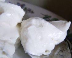 Quand mon amie Michèle a publié son article avec sa recette de fromage blanc maison sans présure j'ai été ravie ! Comme elle je finissais toujours par jeter ma présure alors que le flacon était à m…
