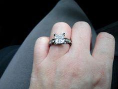 VVS-1 2.7 CT 14K Black Gold Engagement Ring