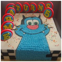 A buttercream cake with fondant deco and Oggy. For orders or enquiries,please email us at mail@myvanillapod.com