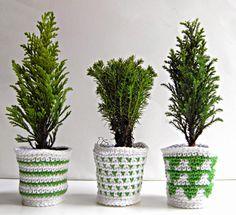 Dani and Bel: Little Fir Trees` Cozy Planters - free pattern