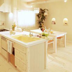 CHARDONNAY_gifuさんの、キュート,可愛い,フレンチにしたい♥︎,フレンチ,パイン材,住まい,トータルコーディネート,珪藻土壁,自由設計,注文住宅,自然素材,無垢材,塗り壁,シャルドネ,水周り,インテリア,キッチン,のお部屋写真