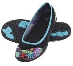 MUCK BOOTS Womens Breezy Cool Ballet Flat All Purpose Shoe Black Floral BFCT-FLR - fun, casual, waterproof flats. printed toe with solid base, bright colors. good for gardening, etc. Muck Boots For Men, Womens Muck Boots, Muck Boot Company, Floral Flats, Black Flats, Shoe Brands, Slip On Shoes, Ballet Flats, Casual Shoes