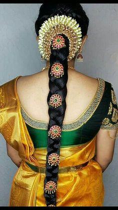 Simple Bridal Hairstyle, Bridal Hair Buns, Bridal Braids, Bridal Hairdo, Hairdo Wedding, Bridal Hair Flowers, South Indian Wedding Hairstyles, Bridal Hairstyle Indian Wedding, Indian Hairstyles