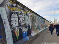 ZIDUL BERLINULUI, ISTORIE, LACRIMI ȘI CULOARE | TarabacuAmintiri