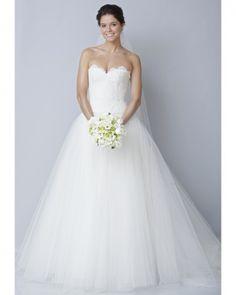 wedding dresses: sweetheart neckline and lovely silhouette.