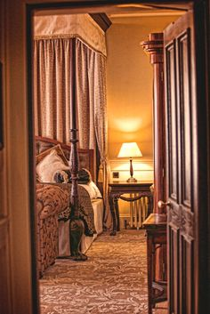 Lough Eske Castle is a 5 Star castle hotel in Ireland that offers spacious accommodations, hotel packages, wedding and meeting spaces, and dining. Hotel Bedroom Decor, Hotel Bedrooms, Castle Hotels In Ireland, Hotel Packages, Emerald Isle, Donegal, Ireland Travel, Greece, Irish