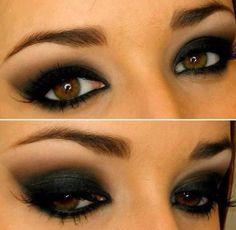 Smoky eyes. Yeux charbonneux. #black #makeup