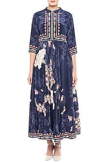 Navy Blue Printed Maxi Dress Design by Soup by Sougat Paul at Pernia's Pop Up Shop Salwar Designs, Saree Blouse Designs, Pernia Pop Up Shop, Luxury Dress, Western Wear, Blush Pink, Designer Dresses, Navy Blue, Gowns