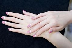 chanel-couture-nails-french