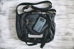 Сумка Patagonia Minimass и телефон Samsung Galaxy A3 (2016)