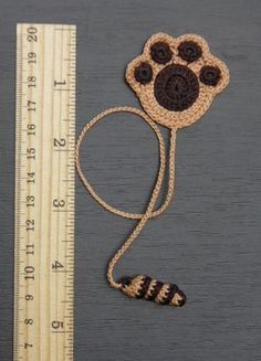 Paw of a puppy crochet bookmark gift for children Reader gift Puppy dog - Paw of a puppy hook bookmark gift from van ElenaGift on Etsy - Marque-pages Au Crochet, Crochet Mignon, Crochet Books, Crochet Gifts, Cute Crochet, Crochet Baby, Crochet Bookmark Pattern, Crochet Bookmarks, Gifts For Readers